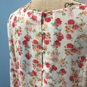 Aryn K NWT Sheer Floral Top Buttons up Back